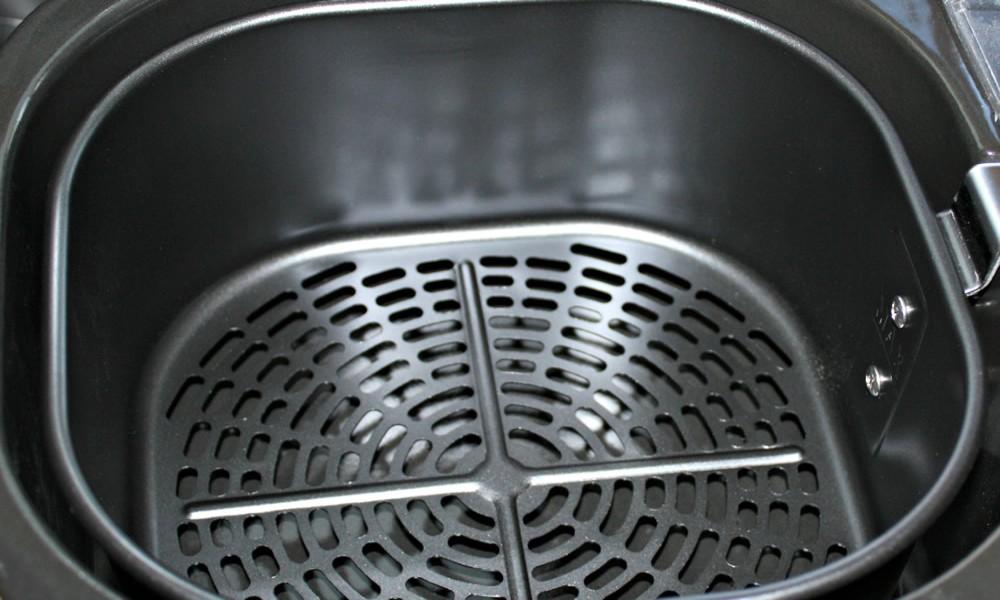 Air Fryer Cleaning Hacks